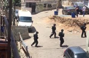 قوات الاحتلال تعتقل شابين خلال اقتحامها مخيم شعفاط بالقدس المحتلة