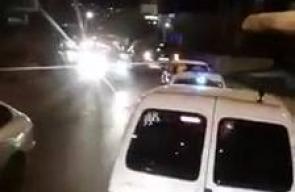 مسيرة مركبات تنطلق صوب خيمة التضامن مع الأسرى الفلسطينيين في ساحة المهد بمدينة بيت لحم.