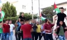 #شاهد   جانب من استقبال اﻷسيرين محمد وأمجد صباح في بلدة تقوع شرق بيت لحم عقب الافراج عنهم من سجون الاحتلال.