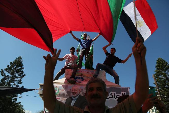 إرجاء رفع العقوبات عن غزة يثير قلق المتفائلين بالمصالحة
