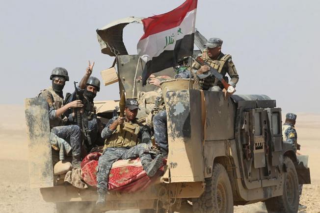 هل يخسر تنظيم الدولة مدينة الموصل بعد سقوط مطارها ؟