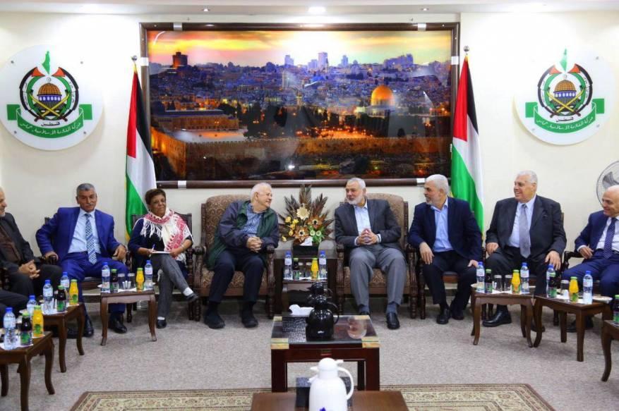 كيف تدير حماس علاقتها مع الفصائل؟