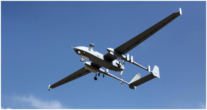 طائرات استطلاع إسرائيلية تستهدف مجموعة من الشبان شرقي غزة