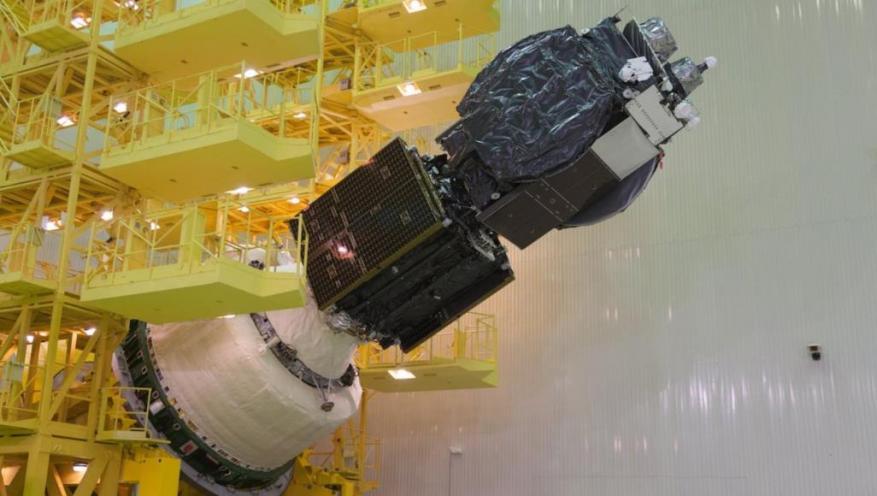 الأقمار الصناعية المتزامنة.. كيف تتجدد أعمارها؟