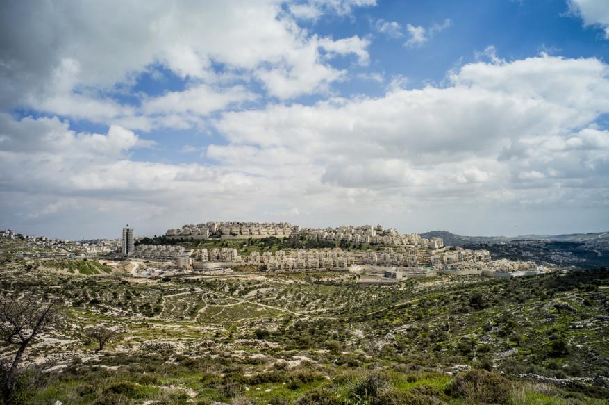 18 عضوا ديمقراطيا في مجلس الشيوخ الأميركي يحذرون من ضم أراض فلسطينية