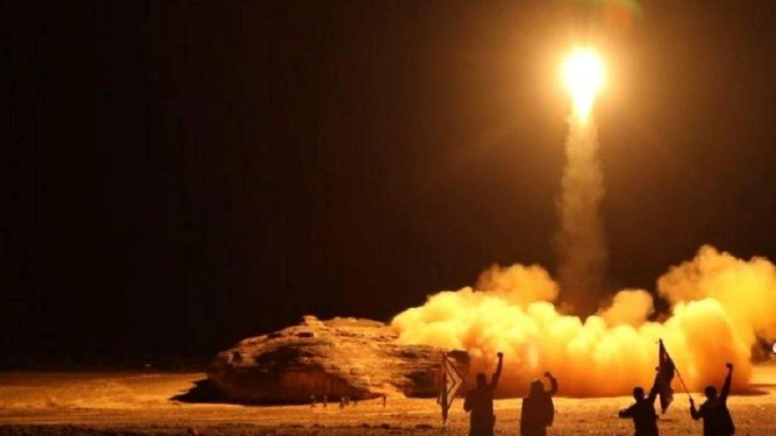 """الحوثيون يقصفون محطة كهرباء سعودية ويتوعدون بـ""""مفاجآت كبيرة"""""""