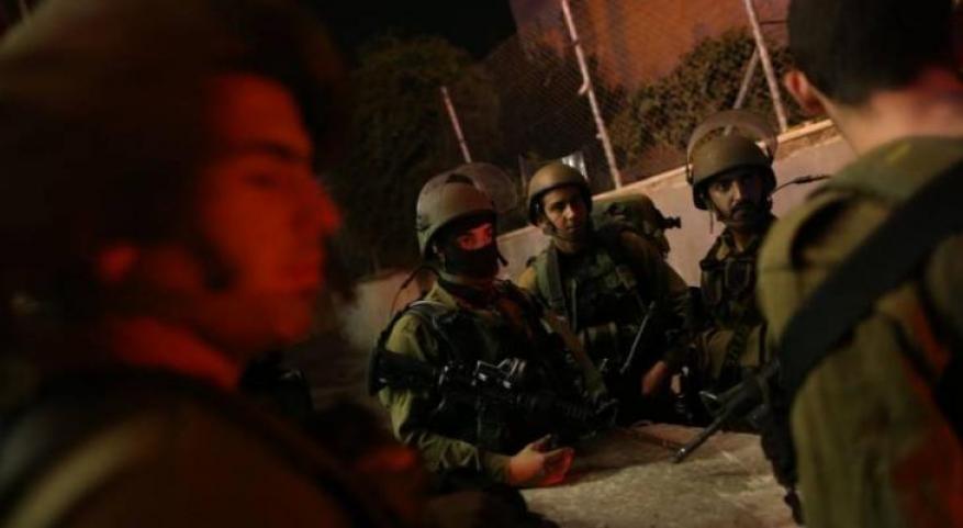 الاحتلال يعتقل 11 فلسطينيا بالضفة المحتلة