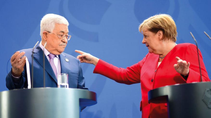 الحكومة الألمانية: ميركل لم تلتق عباس بسبب جدول عملها المزدحم
