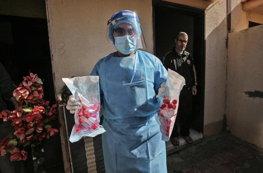 الصحة: 8 وفيات و524 إصابة جديدة بكورونا و944 حالة تعافٍ بالضفة وغزة