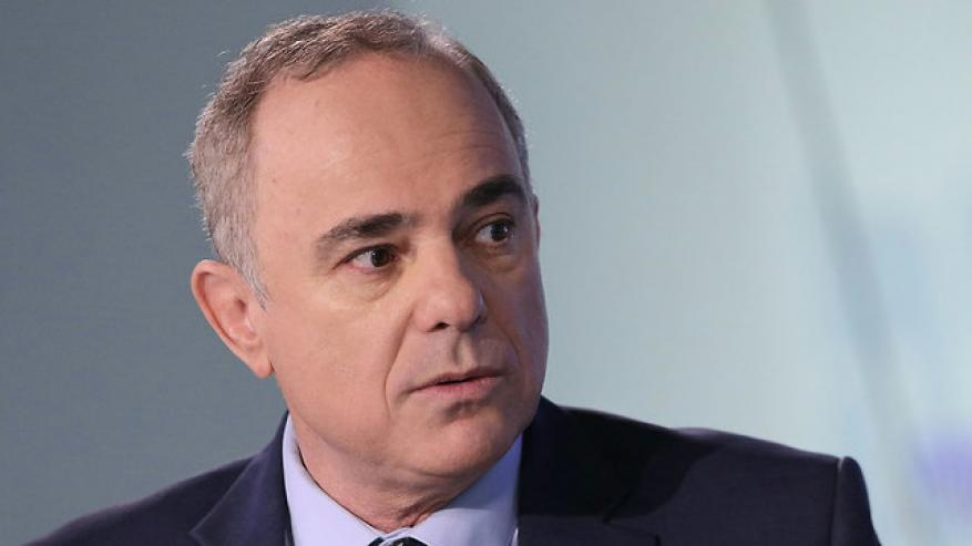 وزير صهيوني: الأشهر المقبلة حاسمة مع إيران وقد تنشب حرب شاملة