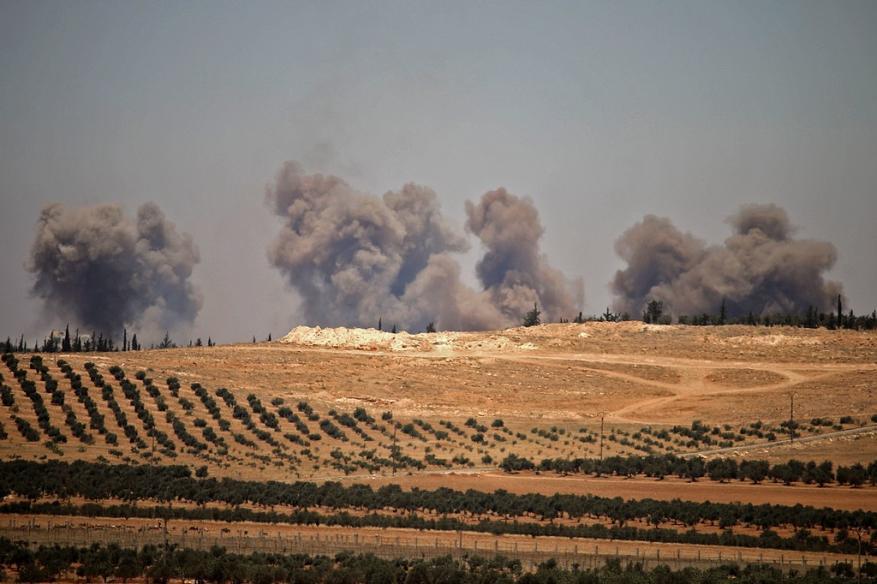 """الدماء في جنوب سوريا.. كيف ترضي """"إسرائيل"""" !"""