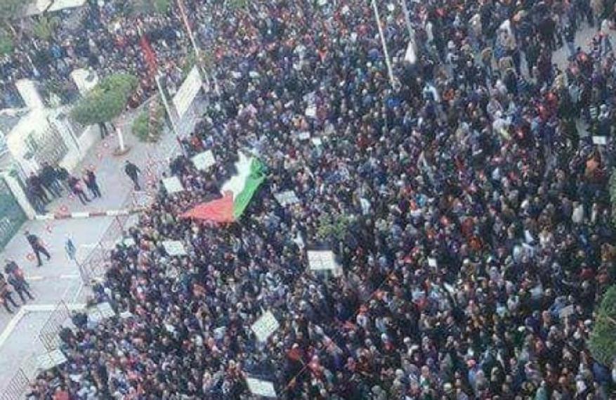"""""""لجنة المتابعة"""" تدعو إلى تظاهرات واسعة نصرة للقدس غدًا السبت"""