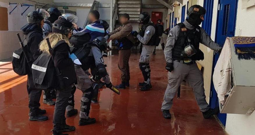 """نادي الأسير: عدد الإصابات بـ""""الكورونا"""" بين صفوف الأسرى في ارتفاع مُتسارع"""