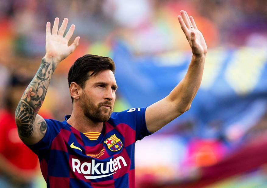 """ميسي يرفض توقيع """"عقد مدى الحياة"""" مع فريقه برشلونة.. لماذا؟"""