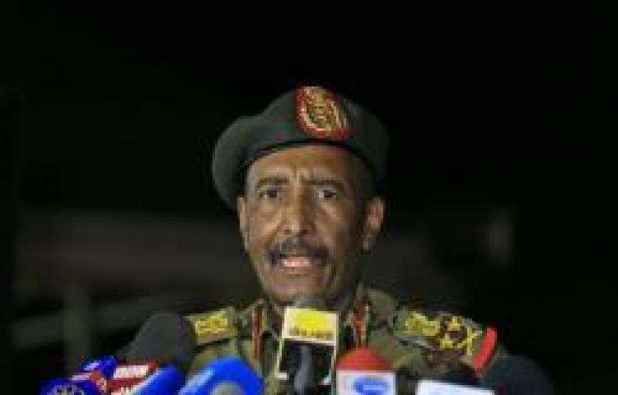 البرهان يؤكد قدرة الجيش على حماية الأرض وسط تطورات عسكرية مقلقة مع إثيوبيا