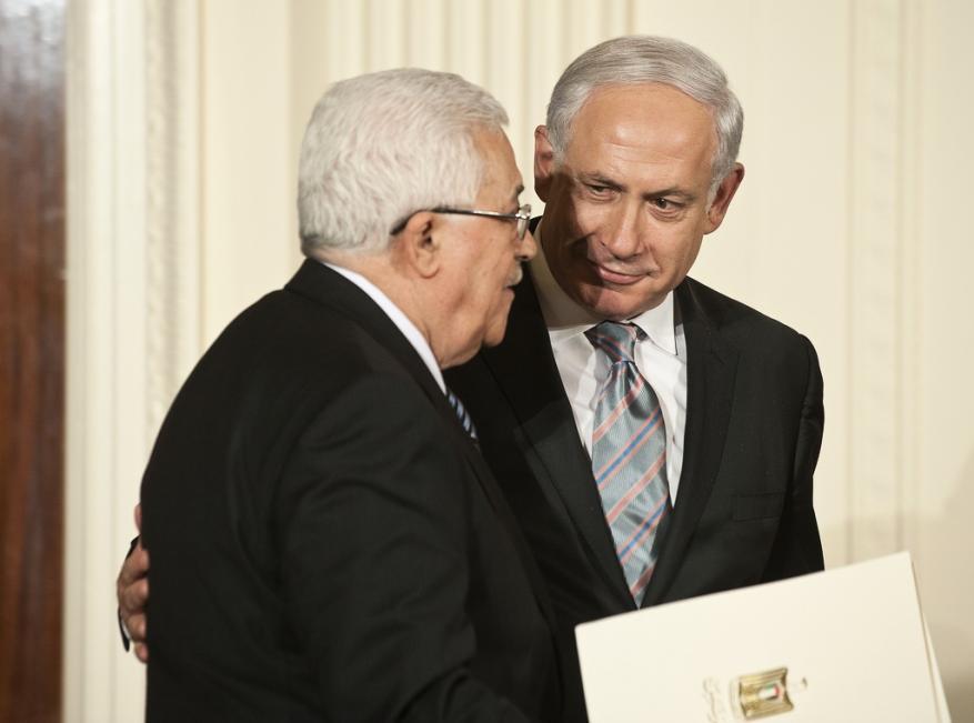 """الاحتلال متخوف من رحيل """"عباس"""" وفوز حماس بالانتخابات"""