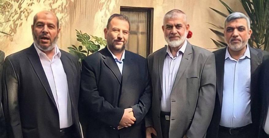 وفد حماس يختتم زيارته للقاهرة بعد سلسلة لقاءات مع المسؤولين المصريين