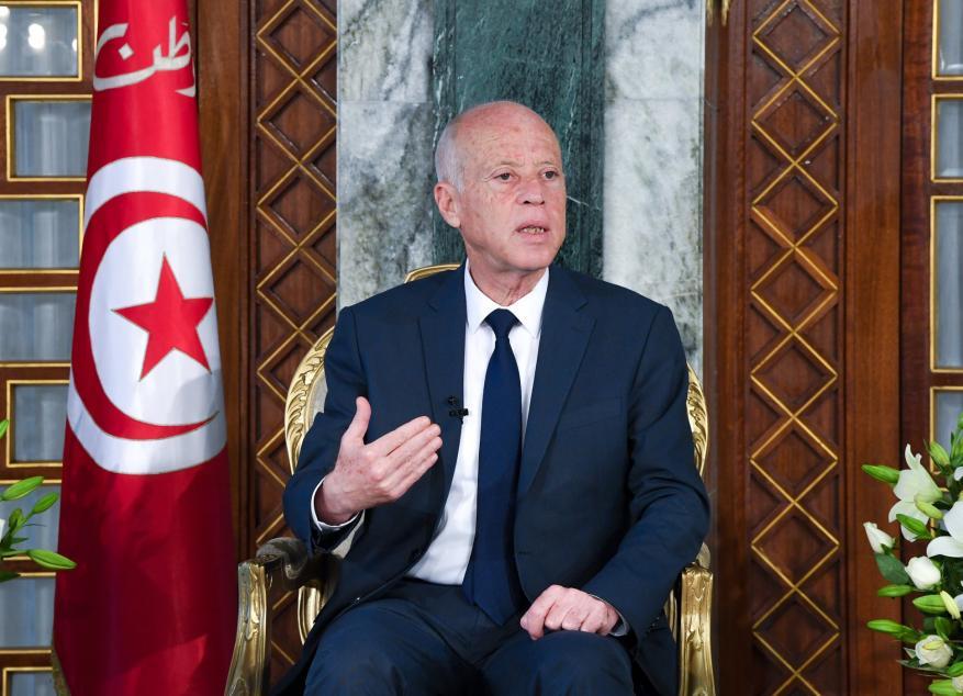 الرئيس التونسي يدعو لإنقاذ الشعب الفلسطيني من الابادة