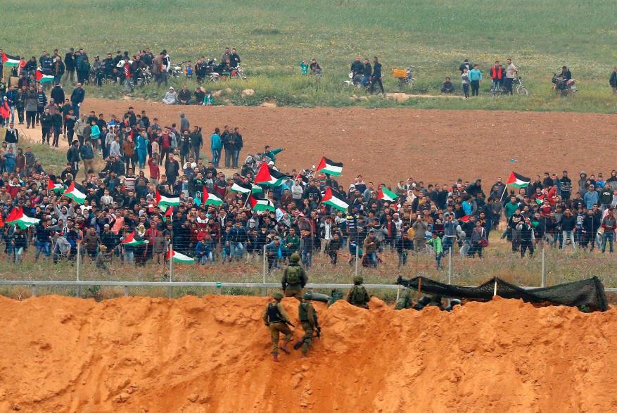 غزة تتحدى جلاديها