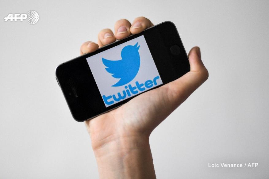 """بيان عاجل من """"تويتر"""" بعد تقارير فضحها أرقام هواتف وبيانات مستخدميها"""