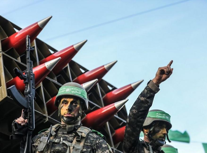 """""""أعلى ما في خيلهم يركبوا"""".. مصدر في القسام يرد على تهديد الاحتلال باغتيال السنوار وعيسى"""
