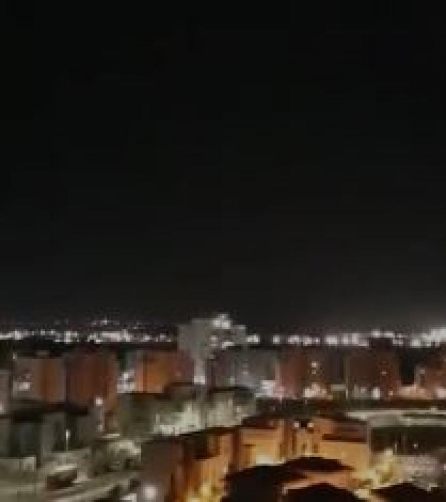 لحظة إطلاق صاروخ من قطاع غزة نحو عسقلان