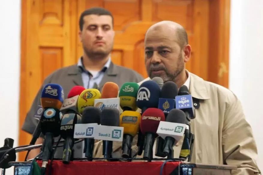 بعد اتفاقيات السلطة حول غاز غزة.. أبو مرزوق: معرفة تفاصيل الاتفاقيات يعني الشفافية