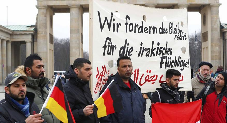 ألمانيا تبدأ ترحيل اللاجئين بسبب السفر إلى أوطانهم