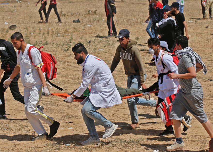 """إصابات باعتداء الاحتلال على المشاركين في """"مليونية العودة"""" شرق غزة"""