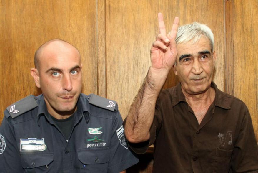 أحمد سعدات يبرق رسالة من سجنه بمناسبة يوم القدس العالمي.. هذا ما جاء فيها
