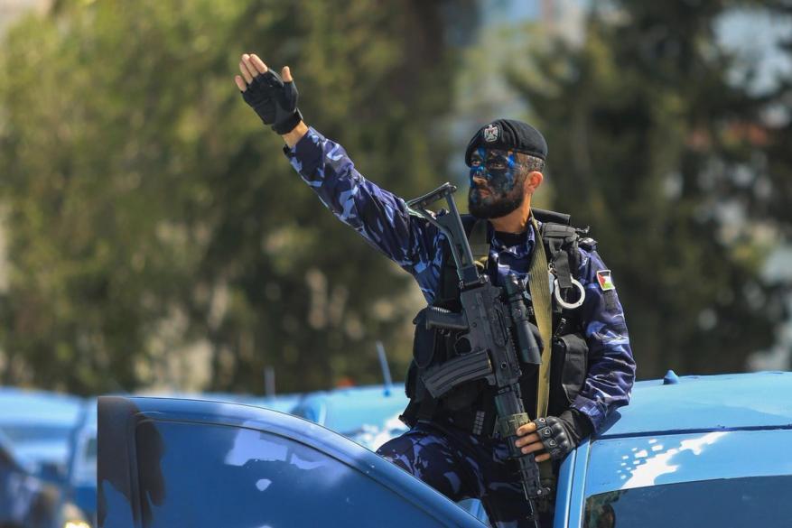 """الداخلية بغزة تعلن اعتقال """"خلية"""" موجهة من الاحتلال كانت بصدد عمل تخريبي ضد المقاومة"""