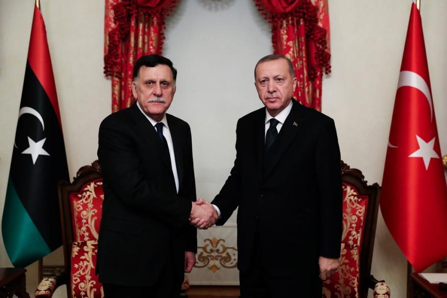 أردوغان يستقبل رئيس حكومة الوفاق الليبية في إسطنبول