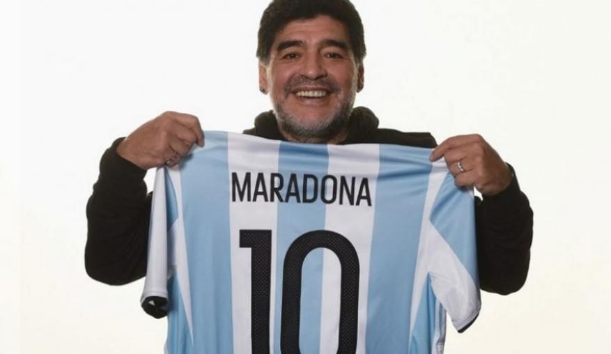 بيع قميص مارادونا لتوفير الغذاء والحماية لفقراء بويونس أيريس