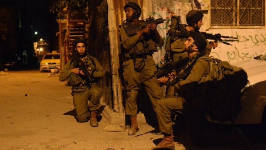 جيش الاحتلال يعتقل 11 فلسطينيا في الضفة المحتلة