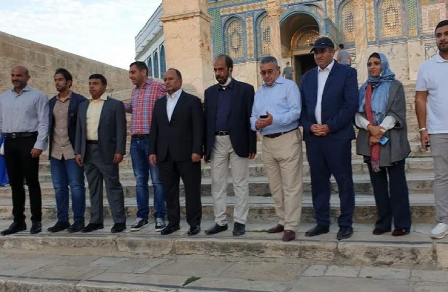 صحيفة إماراتية تؤكد أن الوفد التطبيعي الذي زار القدس إماراتي