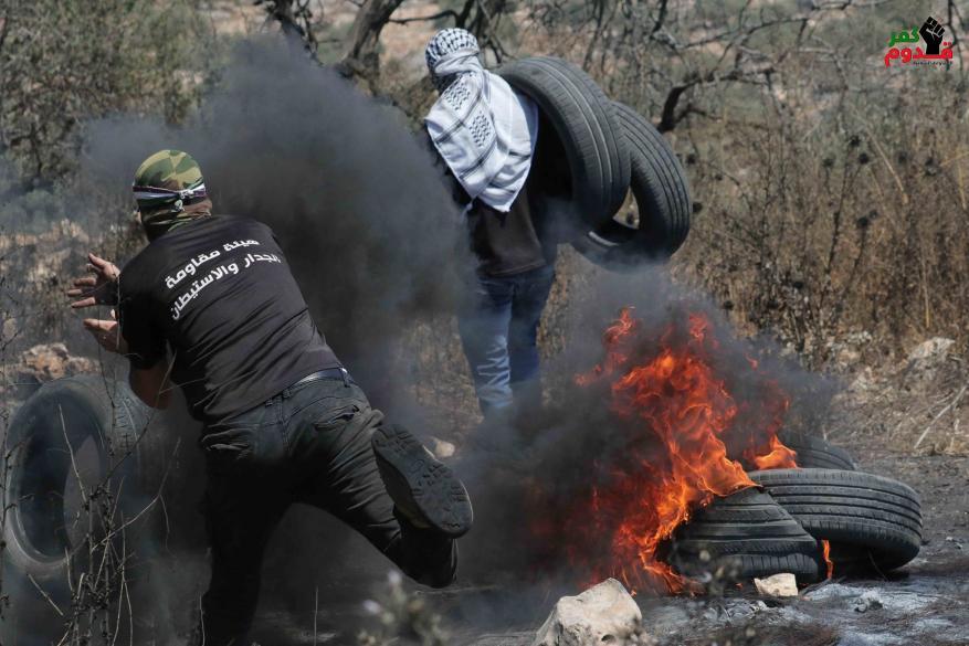 إصابة بالرصاص والعشرات بالاختناق خلال قمع الاحتلال مسيرة كفر قدوم