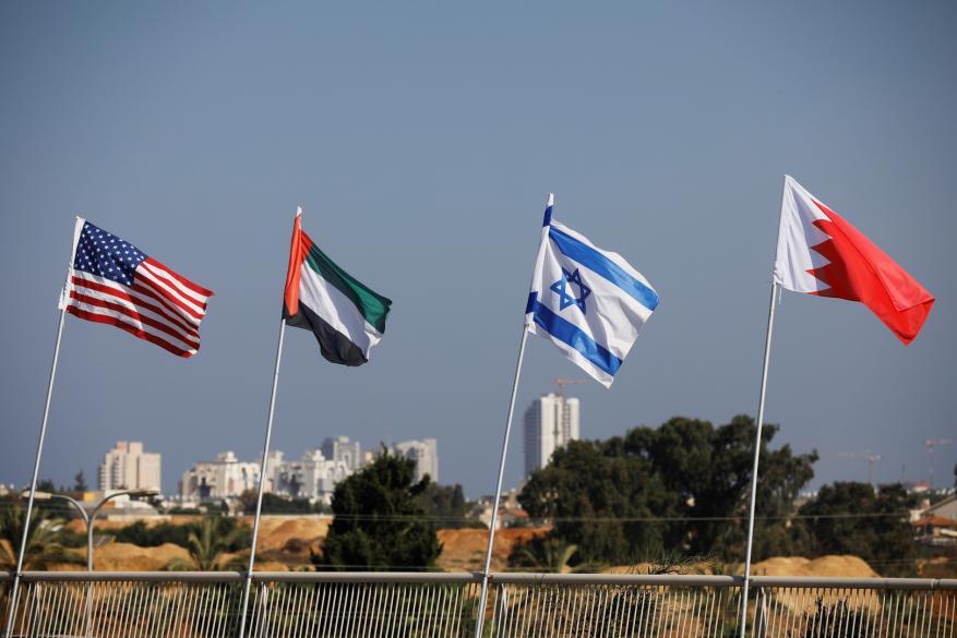 """""""إسرائيل"""" للإدارة الأمريكية الجديدة: لا تضغطوا على الدول العربية"""