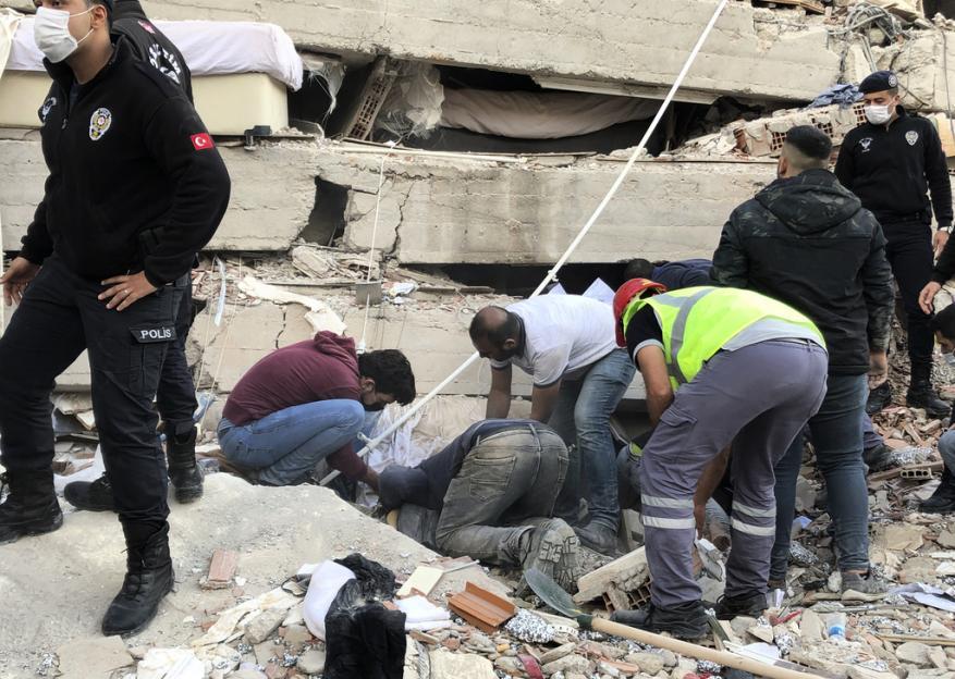 """زلزال إزمير.. """"حماس"""" و""""الجهاد"""" تعلنان التضامن مع تركيا"""