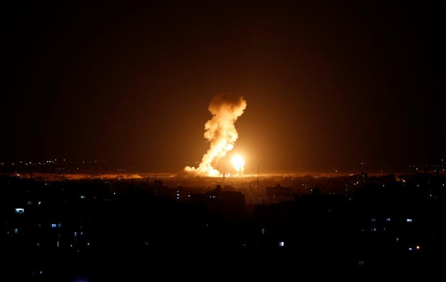الاحتلال يستهدف أرضا زراعية شرق دير البلح