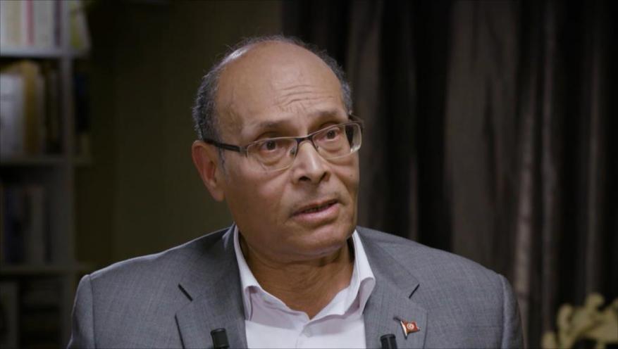 نقلوا معلومات وتلقوا تعليمات.. الرئيس التونسي السابق يتحدث عن المجلس العسكري بالسودان