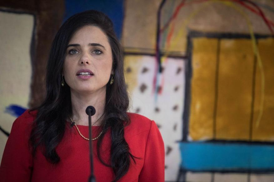"""شاكيد تطالب بمنع إدخال لقاح """"كورونا"""" إلى قطاع غزة"""