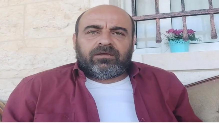 """مضرب عن الطعام.. تمديد توقيف الناشط نزار بنات لـ48 ساعة بتهمة """"ذم السلطات العامة"""""""