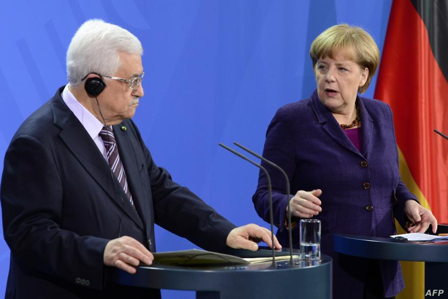 عباس لميركل: ماضون نحو الانتخابات وطلبنا ضغطًا دوليًا لعقدها بالقدس