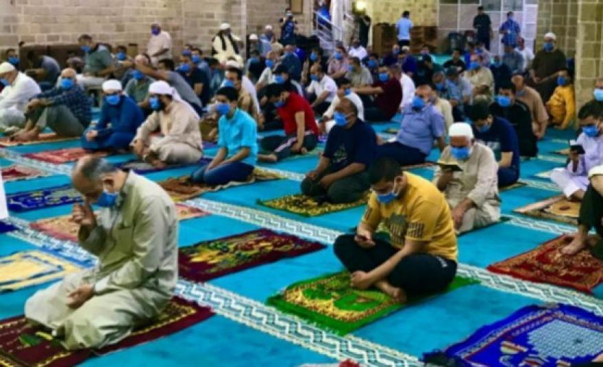 الأوقاف تعيد فتح المساجد التي أُغلقت بوسط وجنوب القطاع
