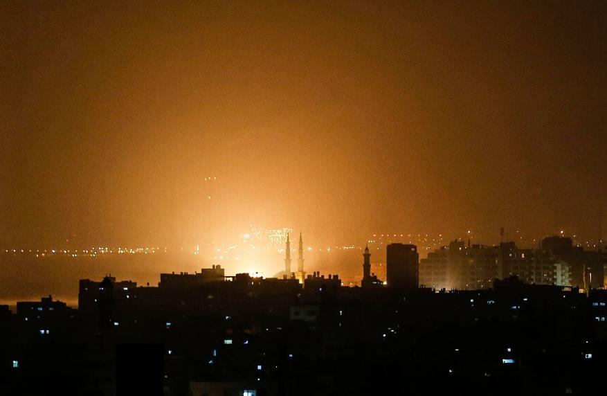 إصابتان في غارات الاحتلال التي استهدفت 27 هدفًا بالقطاع (شاهد)