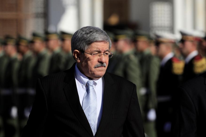 حبس رئيس الوزراء الجزائري السابق بتهم الفساد