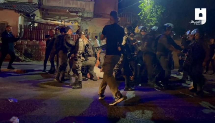 10 إصابات باعتداء الاحتلال على أهالي الشيخ جراح
