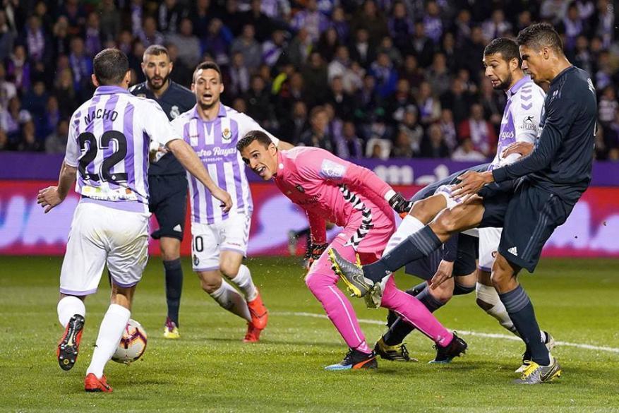 ريال مدريد يستعيد نغمة الانتصارات بفوزه على بلد الوليد
