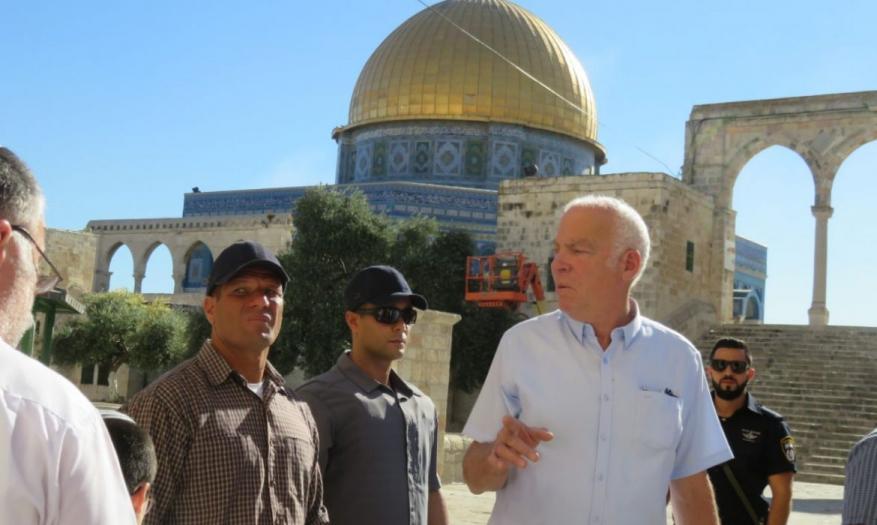 وزير الزراعة الإسرائيلي يقتحم المسجد الأقصى برفقة عشرات المستوطنين