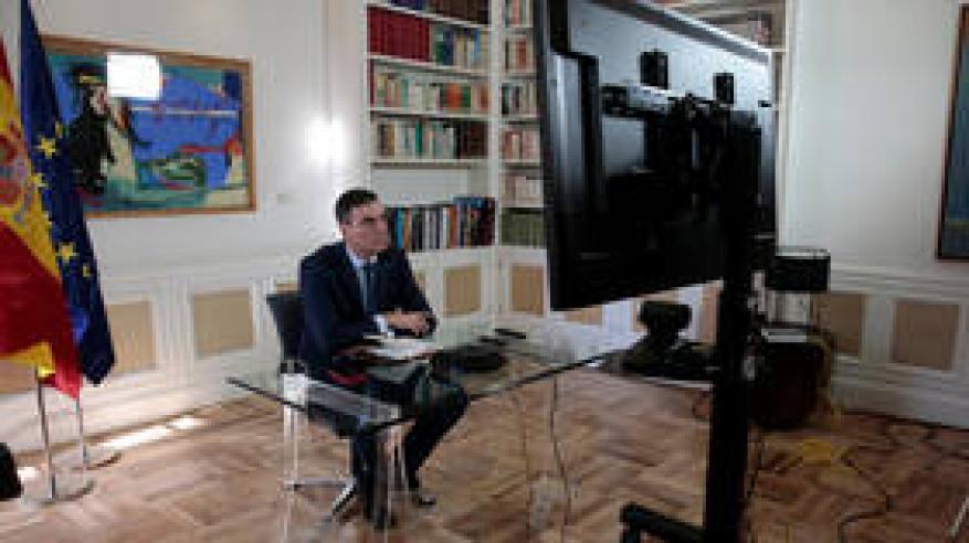 كورونا.. رئيس الوزراء الإسباني يعلّق عمل القطاعات الثانوية